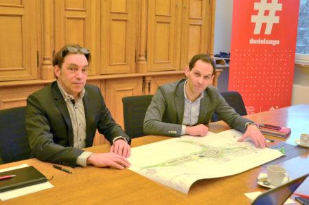 Nic Krumlovskz (engineer for Dudelange city) and Dan Biancalana (Mayor of Dudelange)
